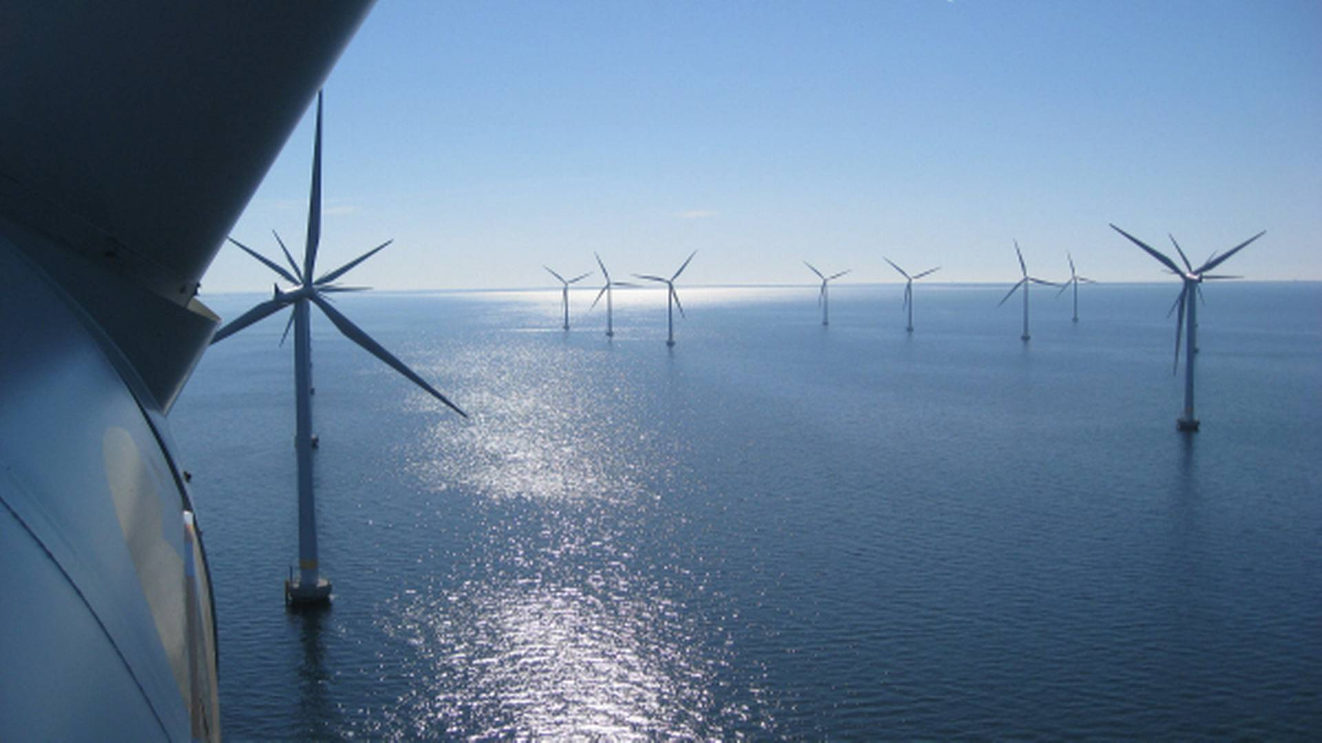 Masdar Abu Dhabi Future Energy Co. to buy half of Statoil's shares in Dudgeon offshore wind park
