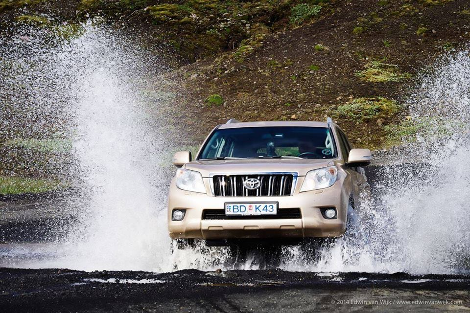 Discounted car rental in Iceland for 2015 with Blue Car Rental