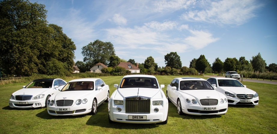 The best wedding photos with a Rolls Royce hire