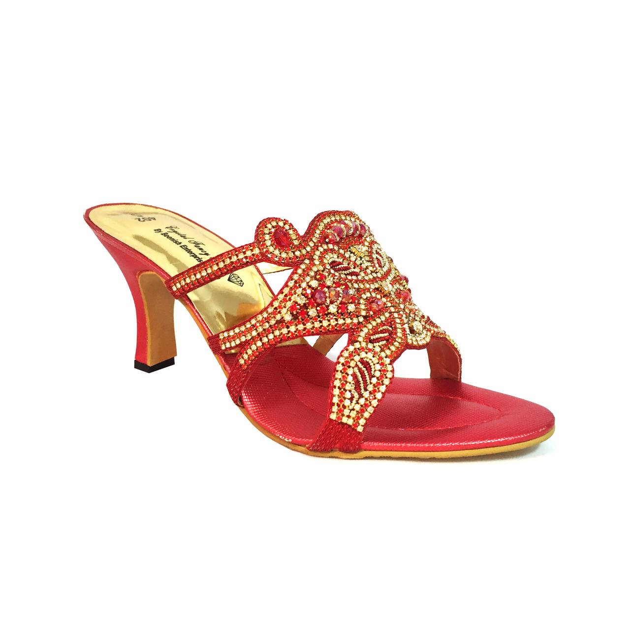 Heel Sandals – The most attractive type of footwear in the UK